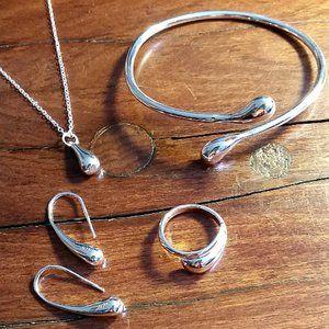 Silver Bella 4 pc Silver Jewelry